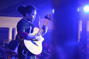 Is (Payung Teduh)