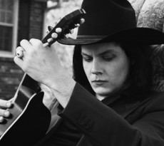 jack-white-and-guitar